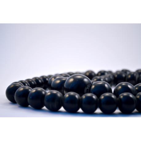 Collar bolas negras